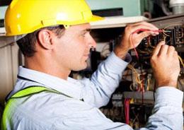 Elettricista impiantista industriale e civili abitazioni